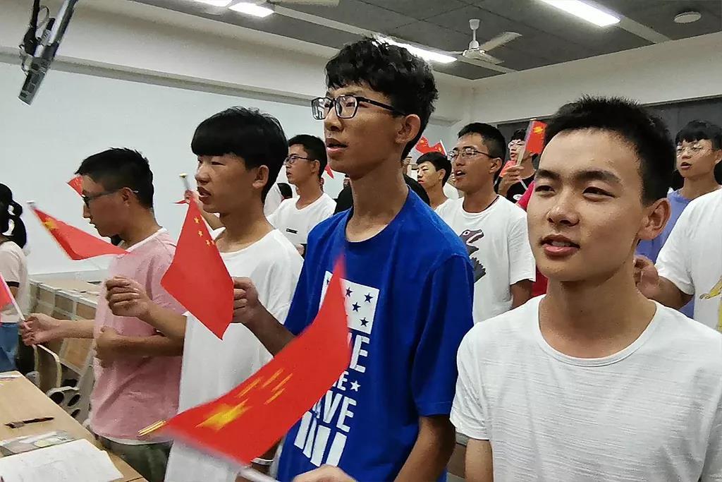 """【学工在线】""""千万大学生青春告白祖国""""——青春告白祖国 弘扬爱国精神"""