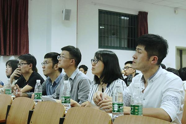 磨砺演说能力,提升综合素质 ――自动化学院PPT Karaoke演讲比赛顺利举行